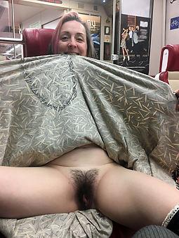 whore flimsy upskirt photos