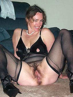 nylon hairy amature porn