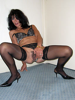 natural mature stockings hairy