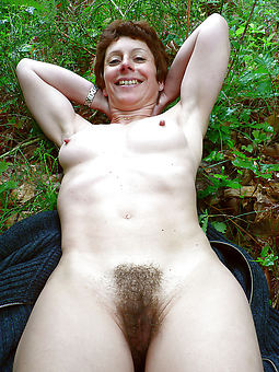 precise natural hairy vaginas