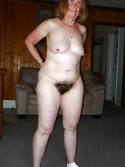 unpretentious nude hairy body of men amature sex pics
