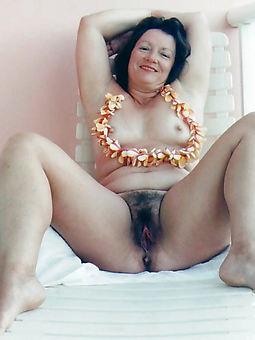 amateur untalented nude hairy women