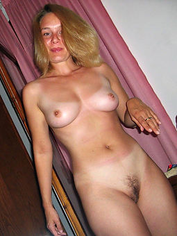 hot and hairy moms free porn x