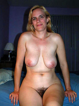 natural hairy moms amature porn pics