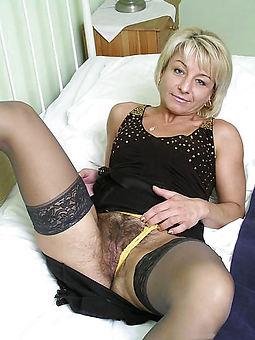 hairy milf moms amature porn