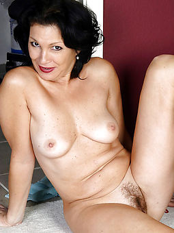 porn pictures of moms hairy hole