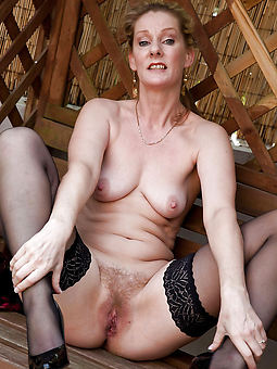 hotties age-old hairy pussy gallery