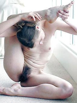 small tit hairy pussy xxx pics