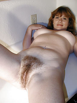 amateur hairy pussy galleries
