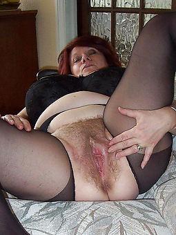very hairy mom strip