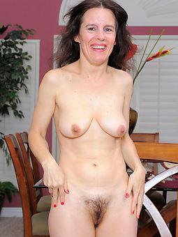 gradual naked lady morose pics