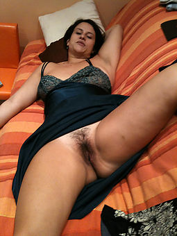 amature upskirt and hairy