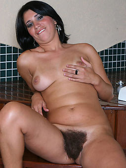 mature unfurnished hairy seduction