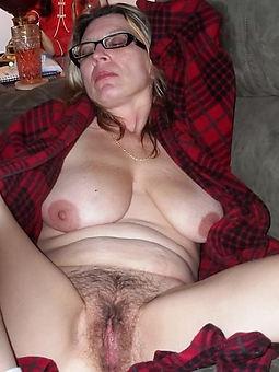 mature women with hairy bush mistiness