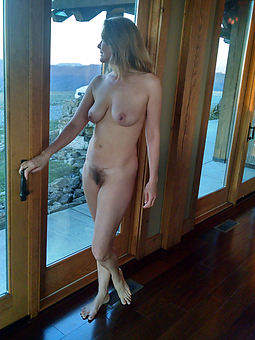 pictures of hairy mature sluts