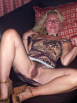 juggs grown-up hairy women pictures