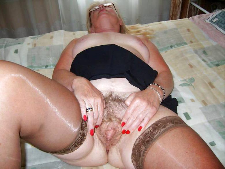 pretty granny prudish ass